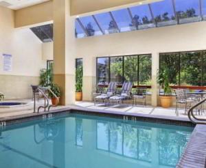 Embassy Suites Santa CLara Pool
