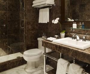 Garden Court Hotel Palo Alto Bathroom