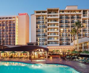 Santa Clara Marriott Outdoor Pool