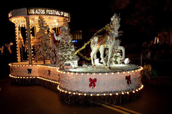 Los Altos Festival of Lights Parade