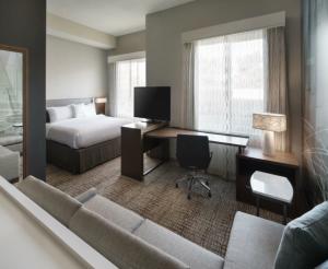 Residence Inn San Carlos Studio Suite
